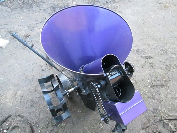картофелесажлка для мотоблока
