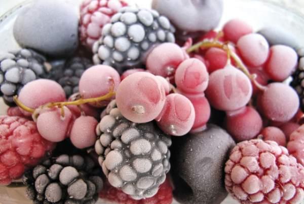 заморозка ягод и фруктов