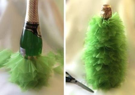 Новогодняя настольная елочка из шампанского_1