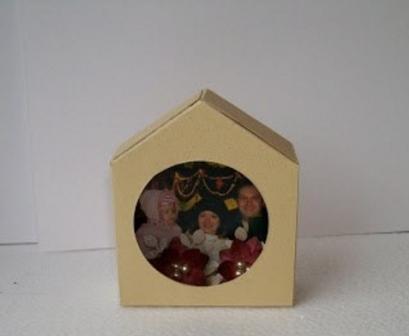 картонный домик на елку с фото