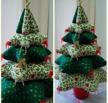 поделки на новый год, елка из подушек фото